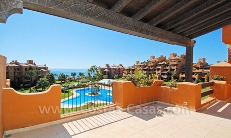 Luxury apartment for sale in a beachfront complex on the New Golden Mile in the area between Marbella and Estepona 2