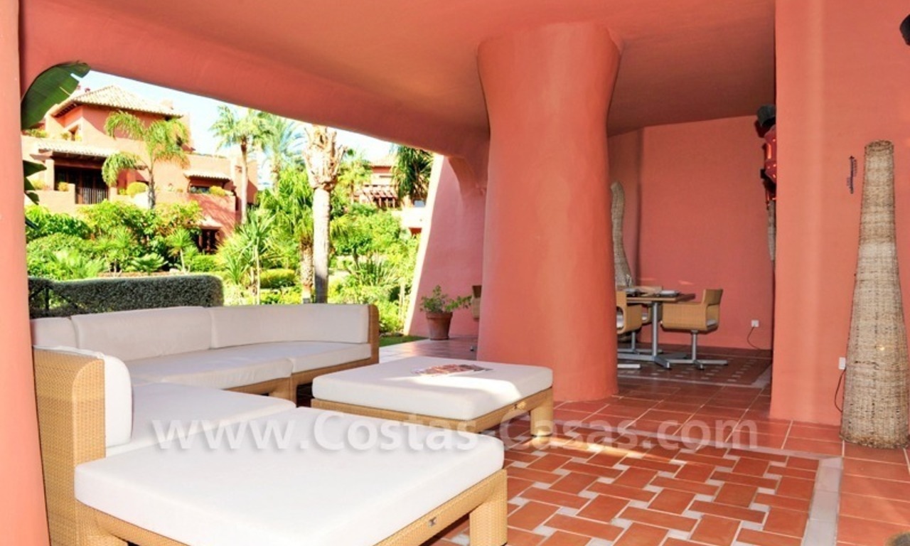 Luxury apartment for sale in an exclusive beachfront complex between Marbella and Estepona centre 7