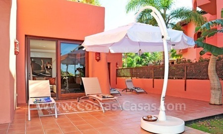 Luxury apartment for sale in an exclusive beachfront complex between Marbella and Estepona centre 9