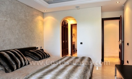 Luxury apartment for sale in an exclusive beachfront complex between Marbella and Estepona centre 20