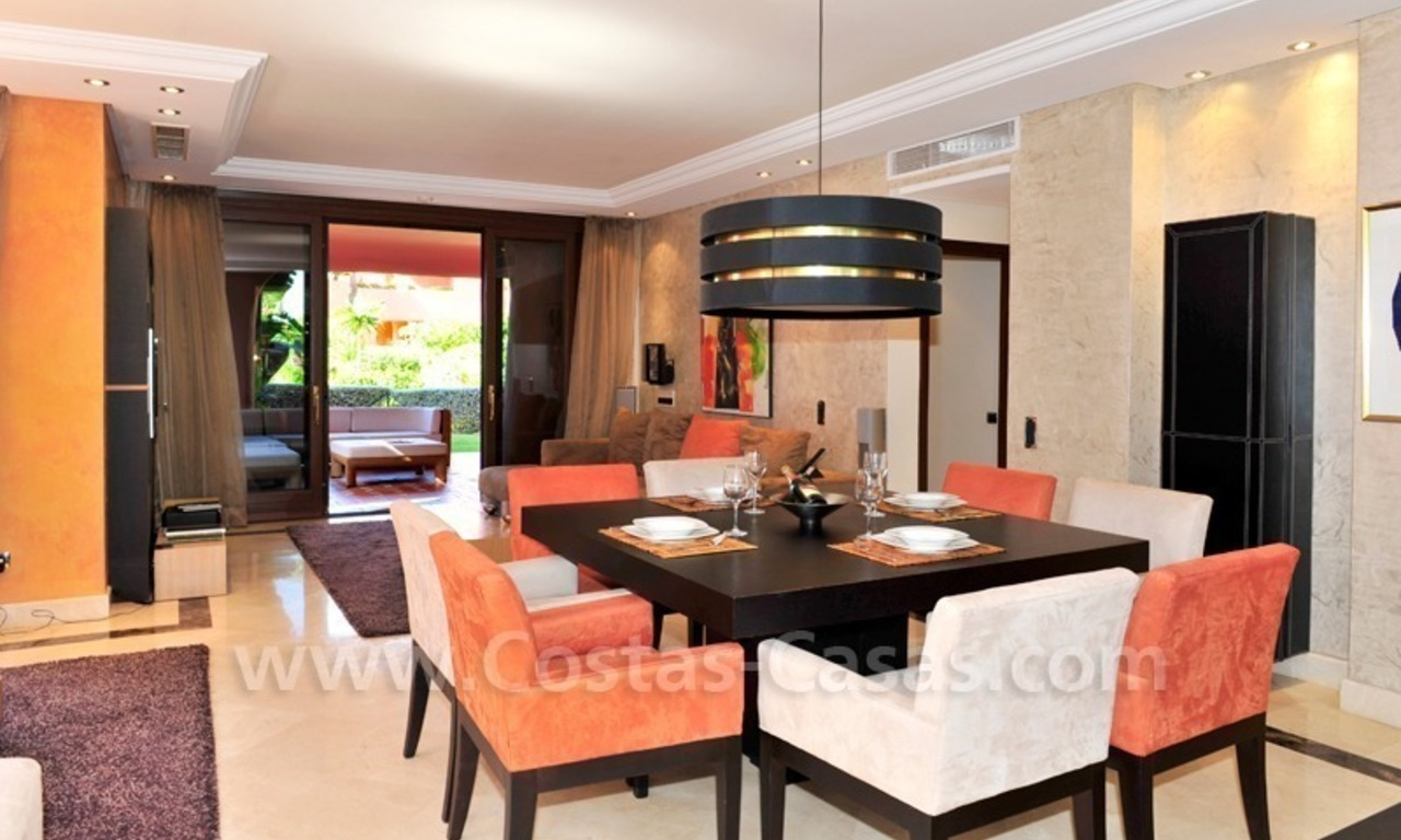 Luxury apartment for sale in an exclusive beachfront complex between Marbella and Estepona centre 16