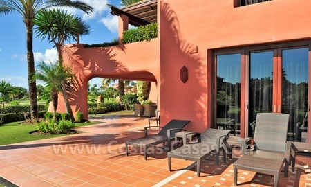 Frontline beach luxury apartment for sale in an exclusive beachfront complex between Marbella and Estepona 2