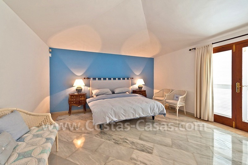 Cozy rustic styled villa to buy in the area of Marbella - Benahavis 9