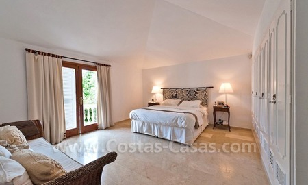 Cozy rustic styled villa to buy in the area of Marbella - Benahavis 11