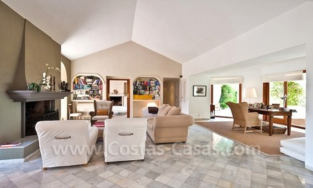 Cozy rustic styled villa to buy in the area of Marbella - Benahavis 5
