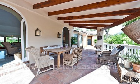 Cozy rustic styled villa to buy in the area of Marbella - Benahavis 3