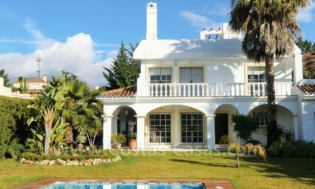 Bargain Andalusian style detached villa to buy in West Marbella 1