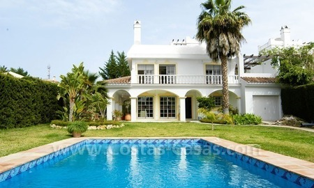 Bargain Andalusian style detached villa to buy in West Marbella 0