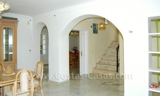 Bargain Andalusian style detached villa to buy in West Marbella 14