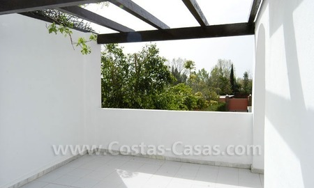 Bargain Andalusian style detached villa to buy in West Marbella 11