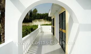 Bargain Andalusian style detached villa to buy in West Marbella 12