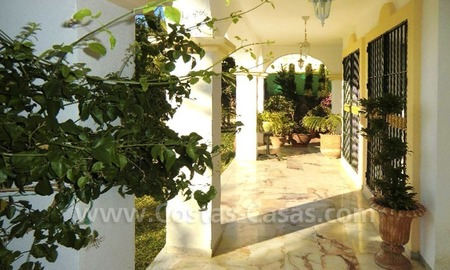 Bargain Andalusian style detached villa to buy in West Marbella 6