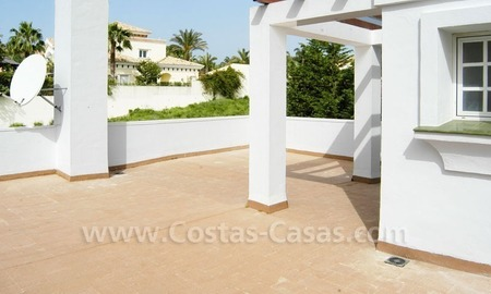 Bargain Andalusian style detached villa to buy in West Marbella 9