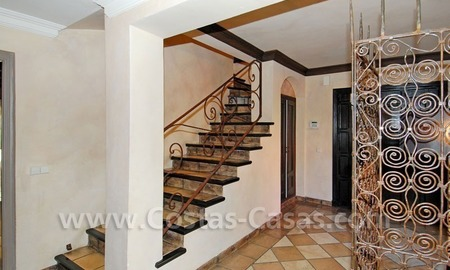Rustic villa for sale on the Golden Mile in Marbella 13