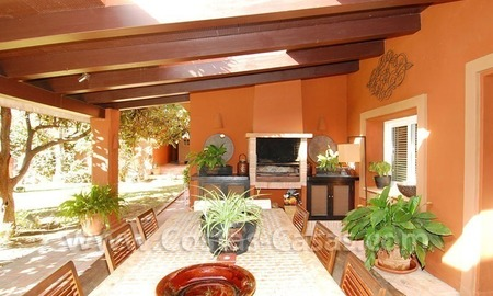 Rustic villa for sale on the Golden Mile in Marbella 7