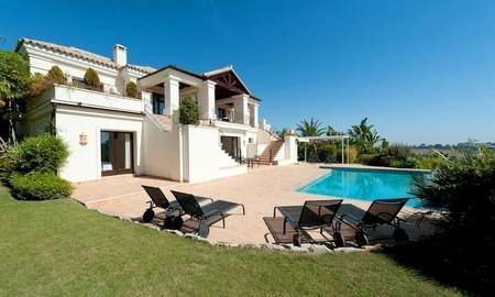 Luxury villa for sale in Marbella - Benahavis 1