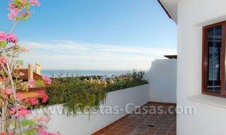 Bargain spacious duplex penthouse for sale on the Golden Mile in Marbella 3