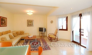 Bargain spacious duplex penthouse for sale on the Golden Mile in Marbella 6