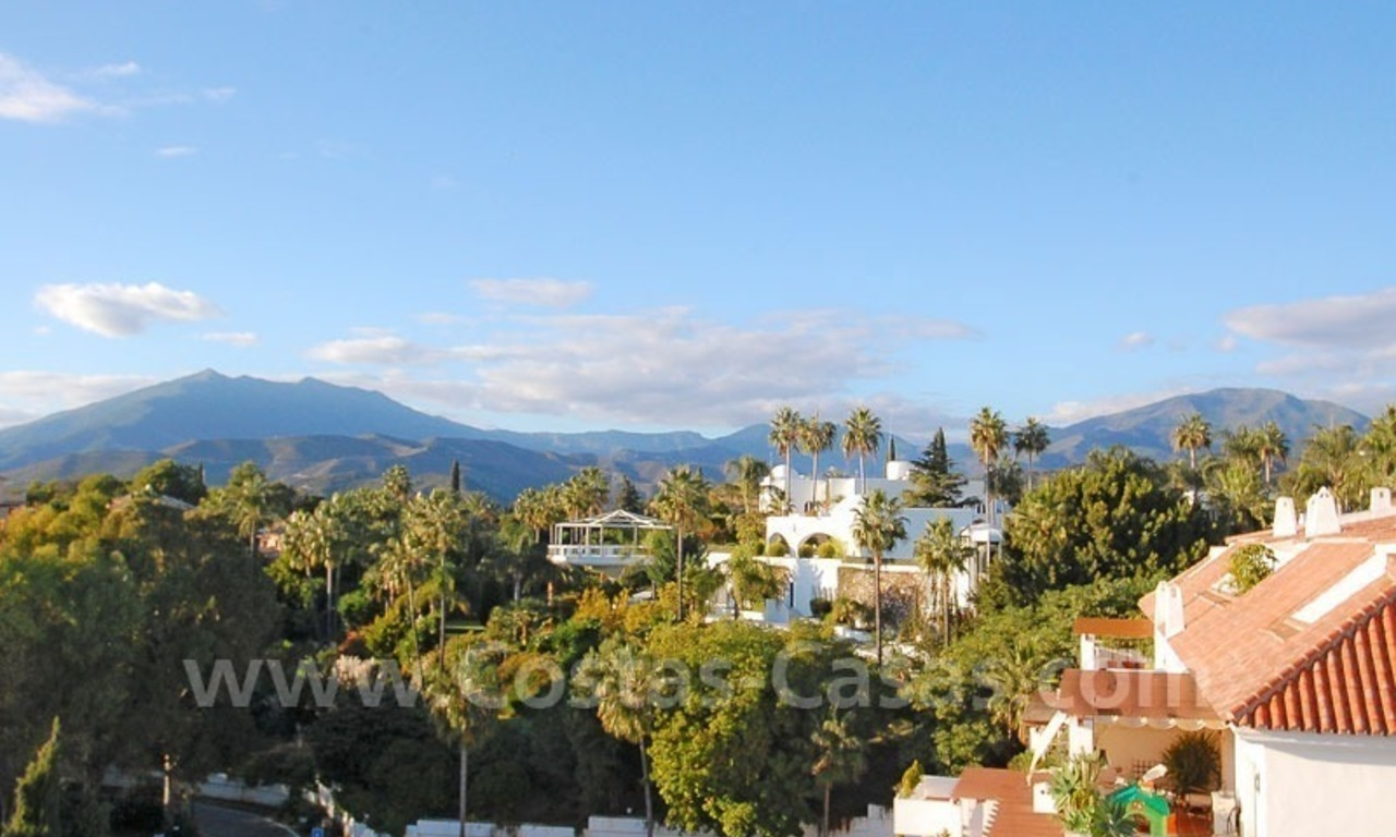 Bargain spacious duplex penthouse for sale on the Golden Mile in Marbella 5