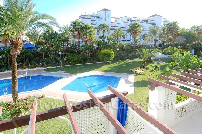 Beachside luxury apartment for sale in Puerto Banus – Marbella 1