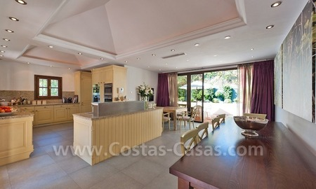 Luxury villa for sale in an exclusive gated golf community in Marbella – Benahavis 8
