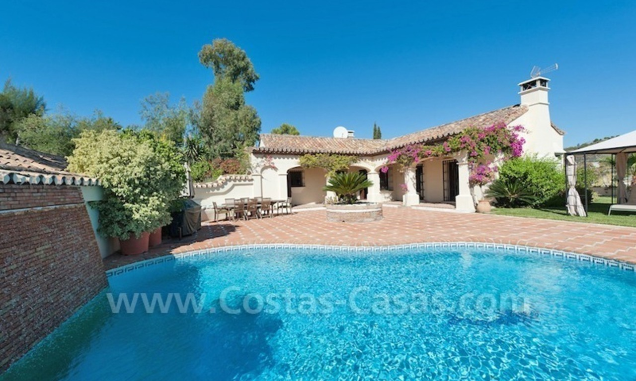 Luxury villa for sale in an exclusive gated golf community in Marbella – Benahavis 0