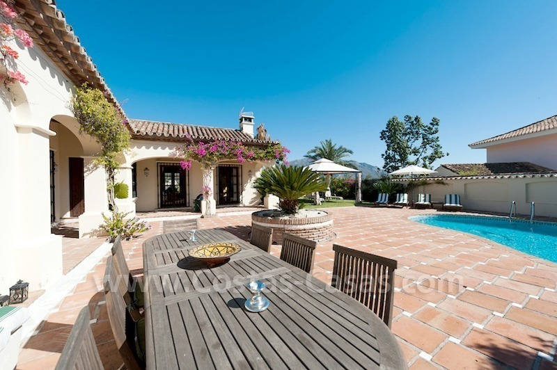 Luxury villa for sale in an exclusive gated golf community in Marbella – Benahavis 3