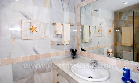 Beachfront townhouse for sale in Marbella  10