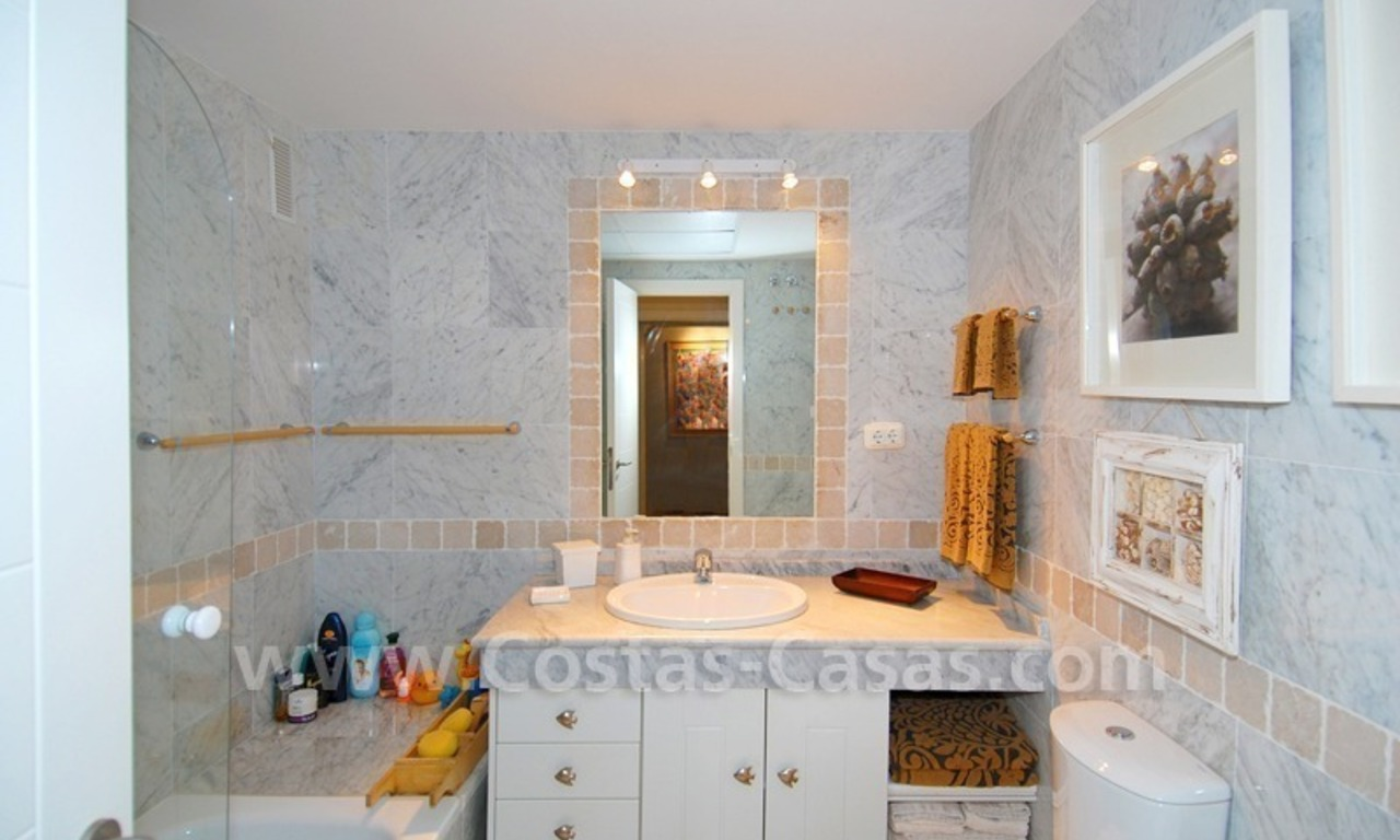 Beachfront townhouse for sale in Marbella 11