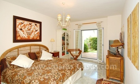 Beachfront townhouse for sale in Marbella 8