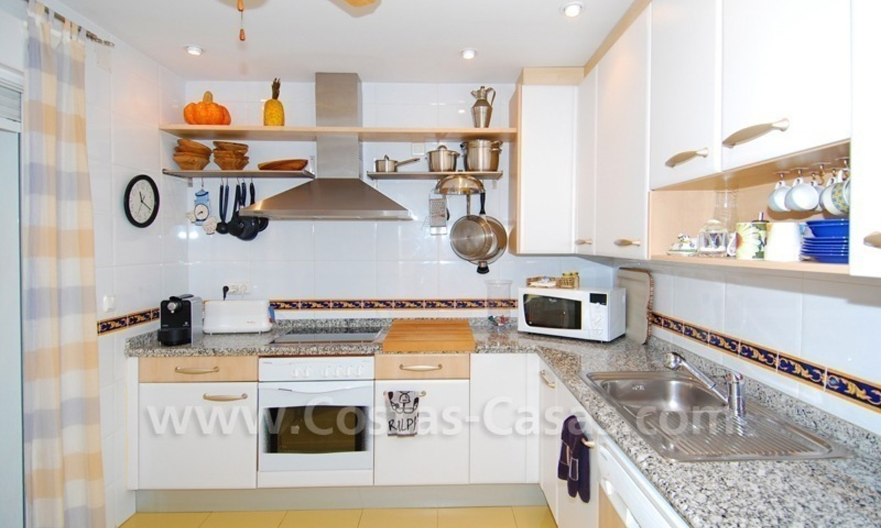 Beachfront townhouse for sale in Marbella 6