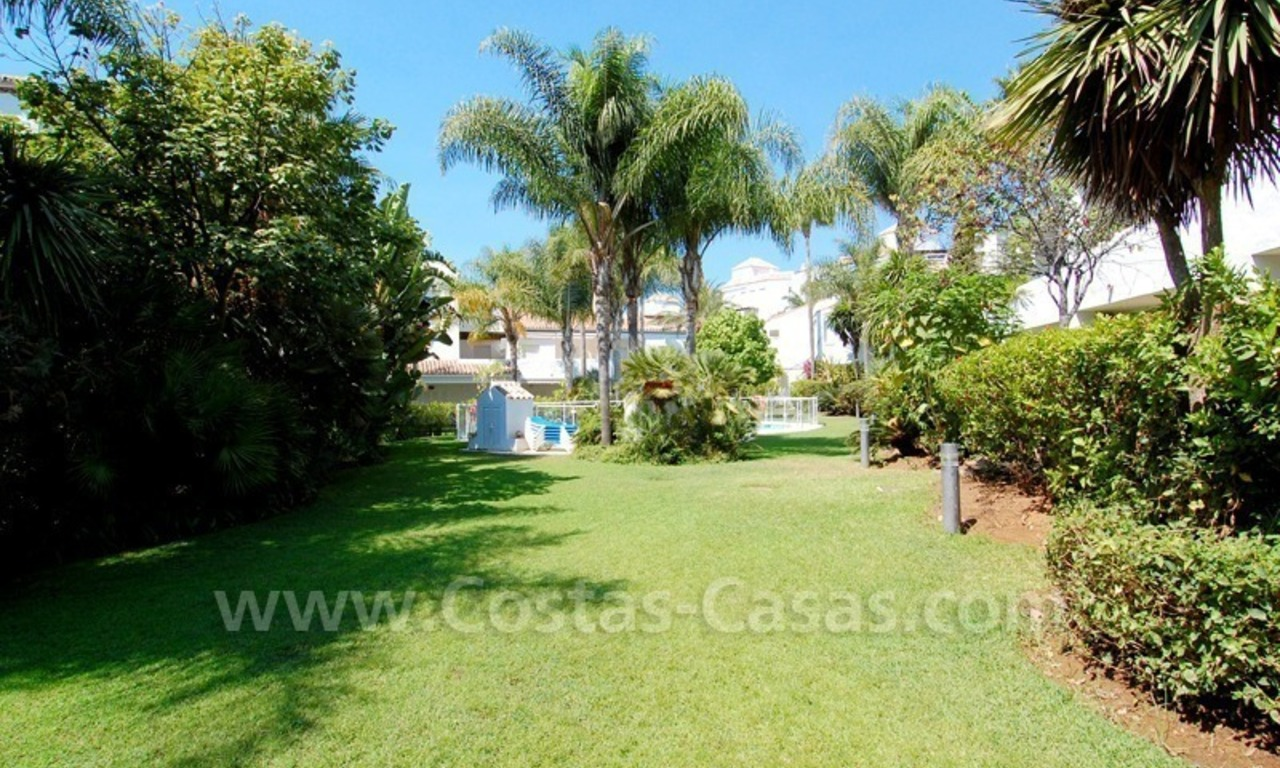 Frontline beach townhouse for sale in Marbella east 7