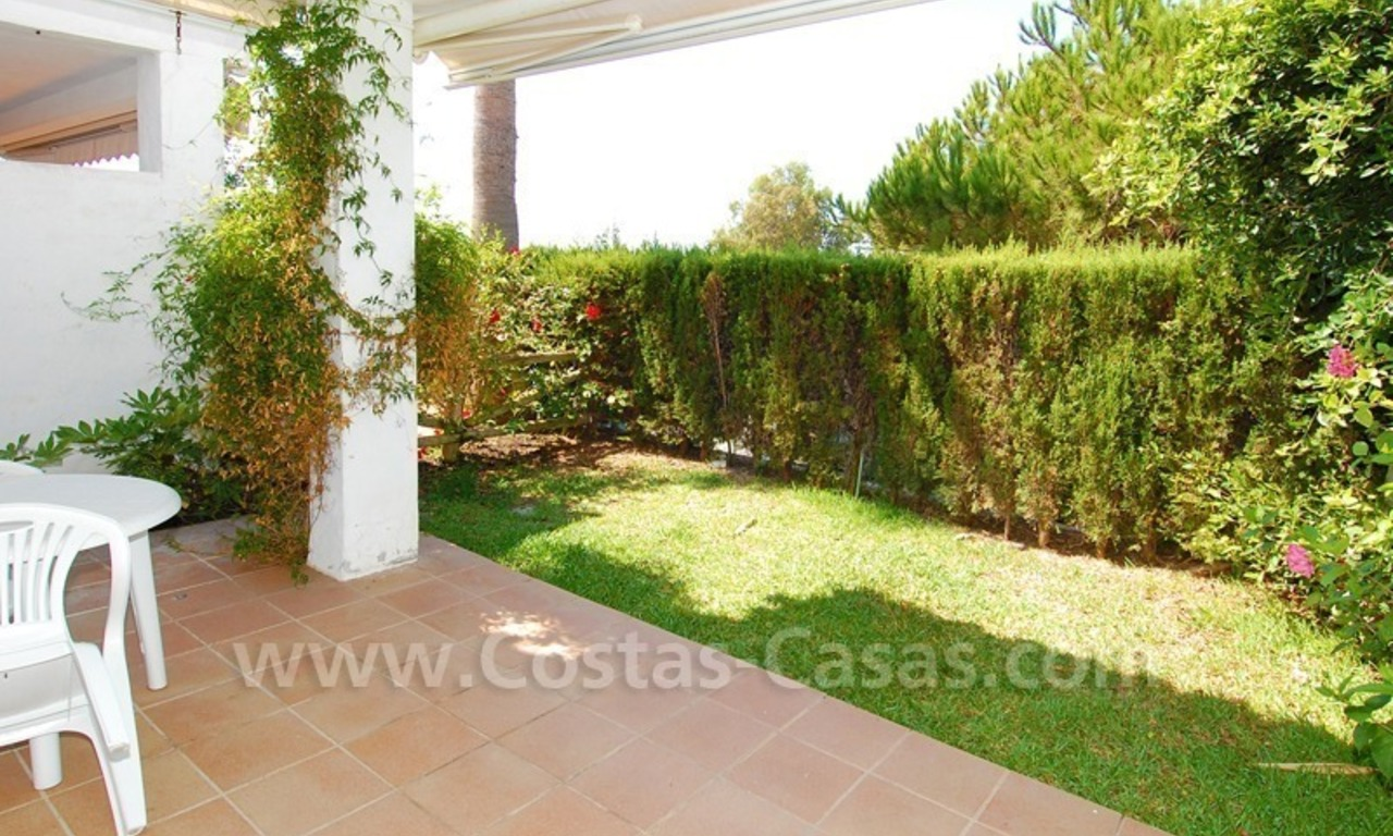 Frontline beach townhouse for sale in Marbella east 9