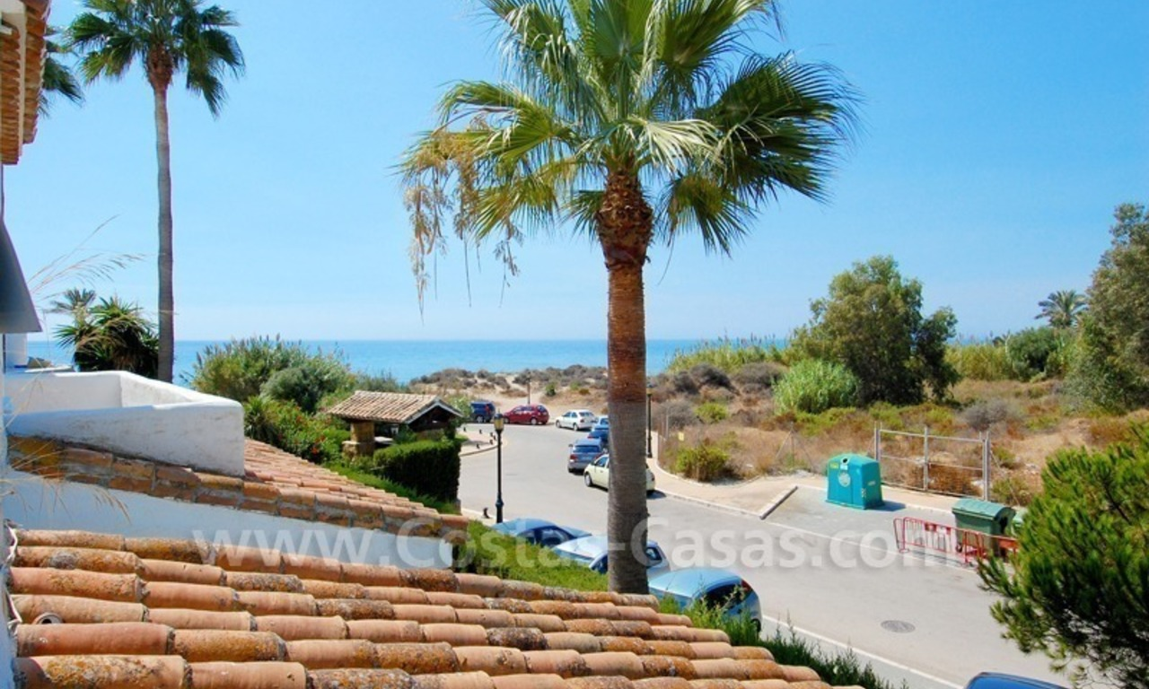 Frontline beach townhouse for sale in Marbella east 0