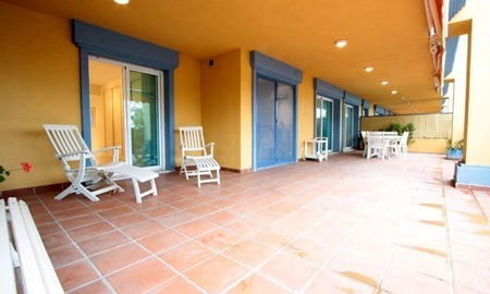 Beachside spacious 4 bedroom garden apartment for sale in Marbella east