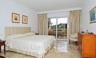 Spacious luxury apartment for sale in Nueva Andalucia, Marbella 9