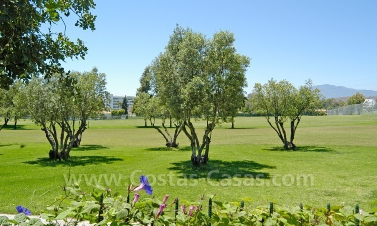 Frontline golf villa for sale in Marbella 0