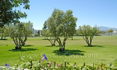 Frontline golf villa for sale in Marbella