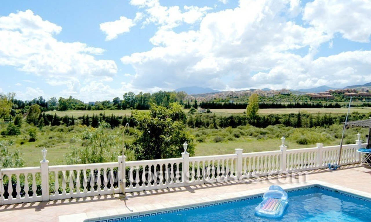 Bargain renovated detached villa for sale in Marbella 0