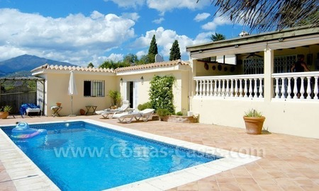 Bargain renovated detached villa for sale in Marbella 4
