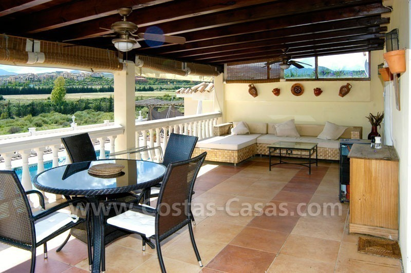 Bargain renovated detached villa for sale in Marbella 8