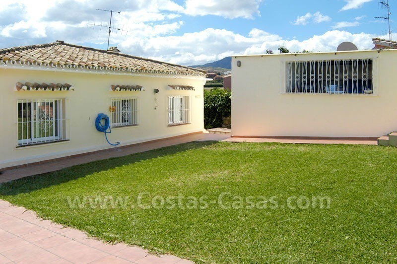 Bargain renovated detached villa for sale in Marbella 7