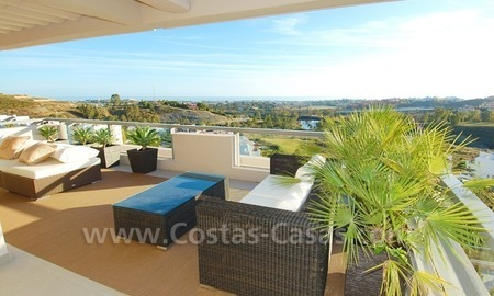New luxury penthouse holiday apartment for rent in contemporary style, Marbella - Costa del Sol 10