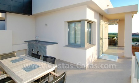 New luxury penthouse holiday apartment for rent in contemporary style, Marbella - Costa del Sol 16