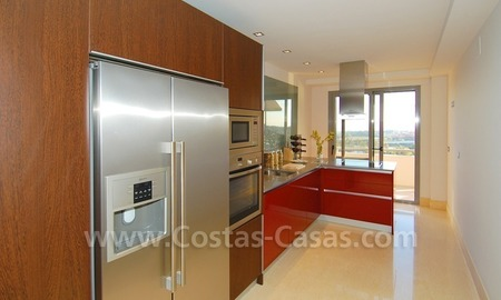 New luxury penthouse holiday apartment for rent in contemporary style, Marbella - Costa del Sol 25