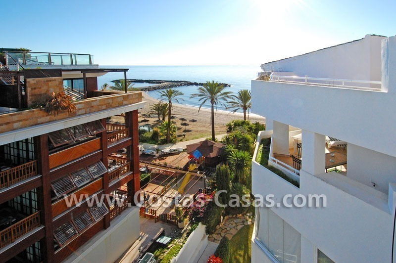 Beach front luxury penthouse apartment to buy in Puerto Banus – Marbella