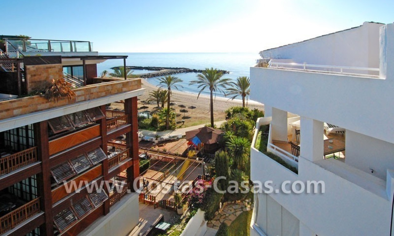 Beach front luxury penthouse apartment to buy in Puerto Banus – Marbella 0