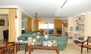 Beach front luxury penthouse apartment to buy in Puerto Banus – Marbella 7