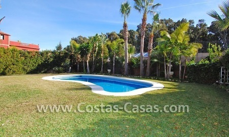 Bargain andalusian styled villa nearby the beach for sale in Marbella 3