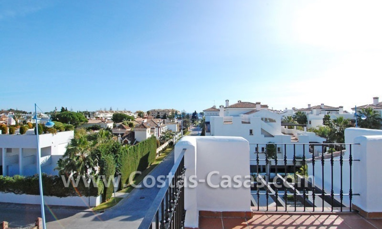 Cozy apartments and penthouses close to the beach to buy in Marbella 5